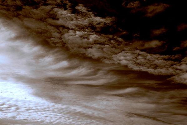 Tot retratant núvols 4