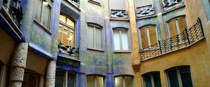 * Visions de la Casa Milà 7