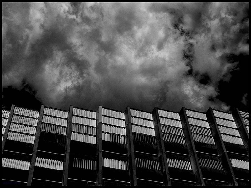 * A la fi... un edifici 2