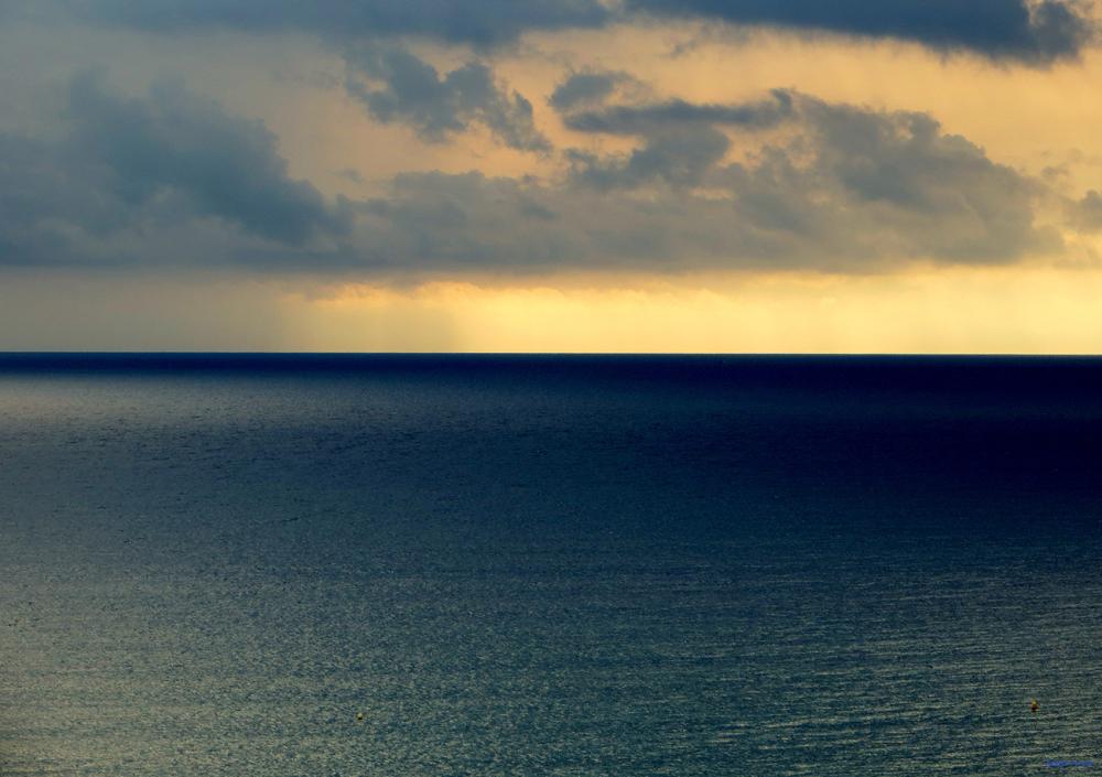 * ... m'estimo el mar...