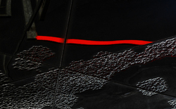 * Línia vermella