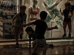* El moviment constant dels nens