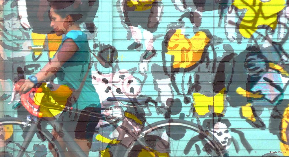 * Noia i bicicleta