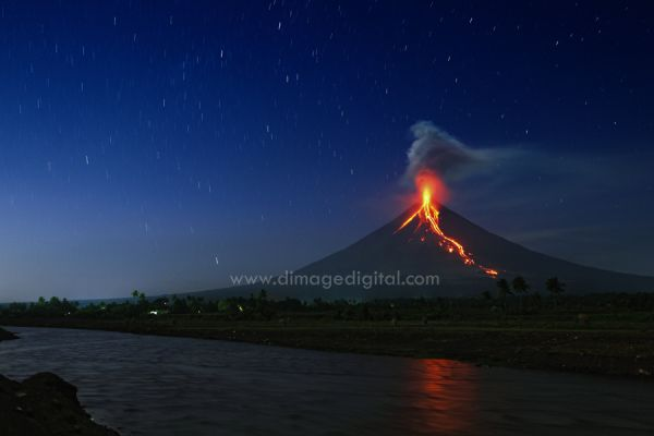 Mayon Lava flow 2009