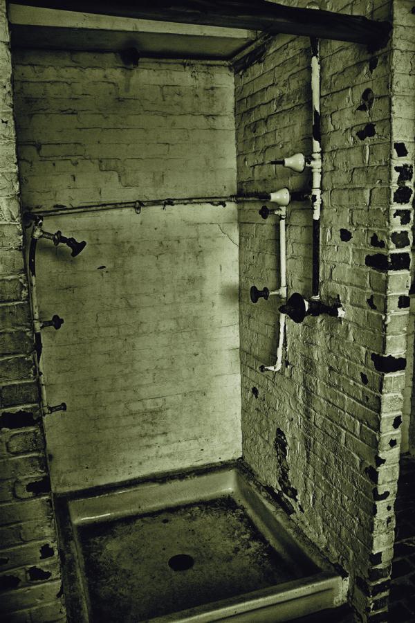 Atalaya Castle Shower