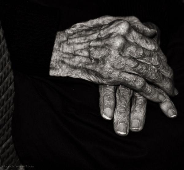 Manos centenarias ( A Century hands)