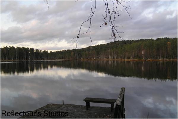 scandinavia autumn tvällen sweden värmland reflect