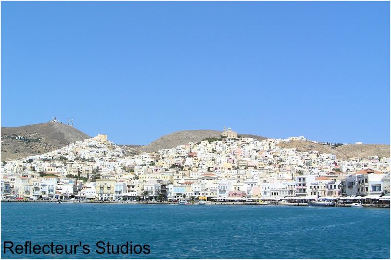 relax syros cyclades greece hellas reflecteurs