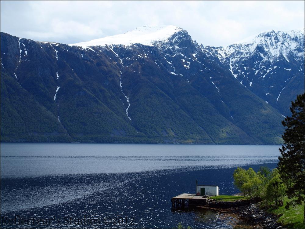 geiranger fjord norway reflecteurs studios