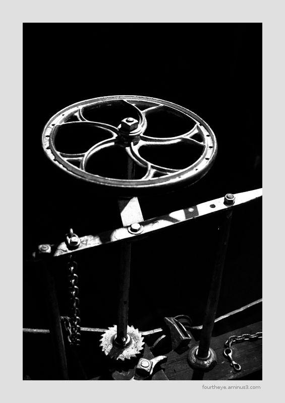 caboose hand brake wheel
