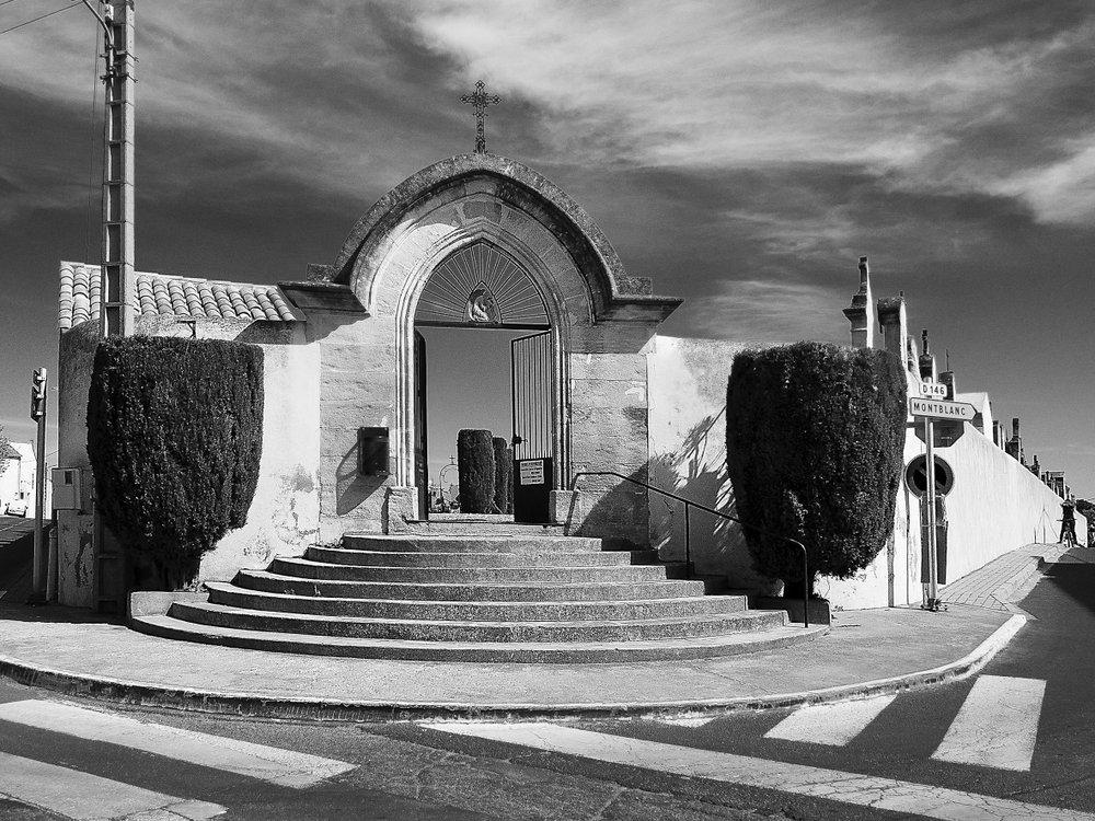 Servian hors saison  23 : Le cimetière