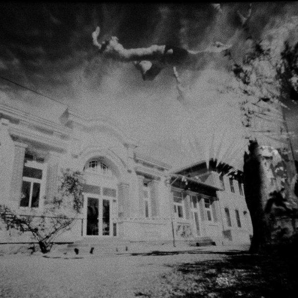 Servian hors saison  39 : école Jules Ferry