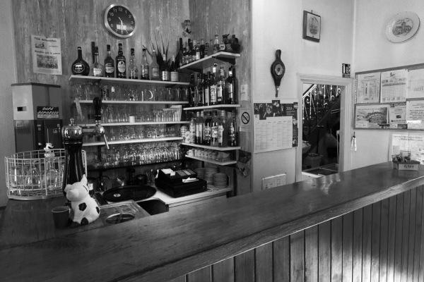 Limousin, Gentioux, café du monument