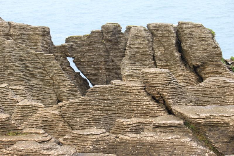 Puzzle rocks