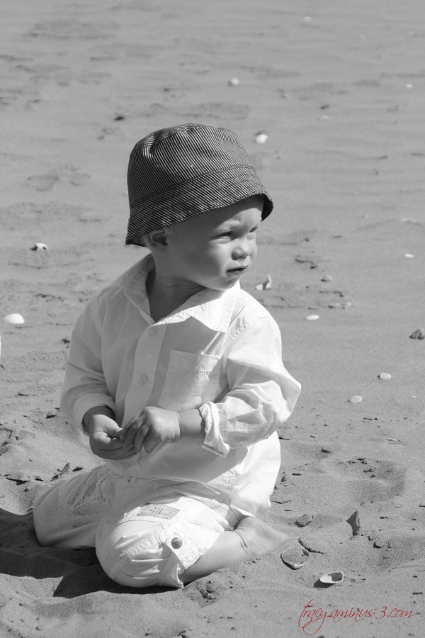 Sand playing
