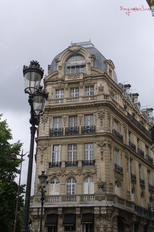 Paris structures