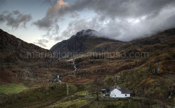 Tryfan and clouds