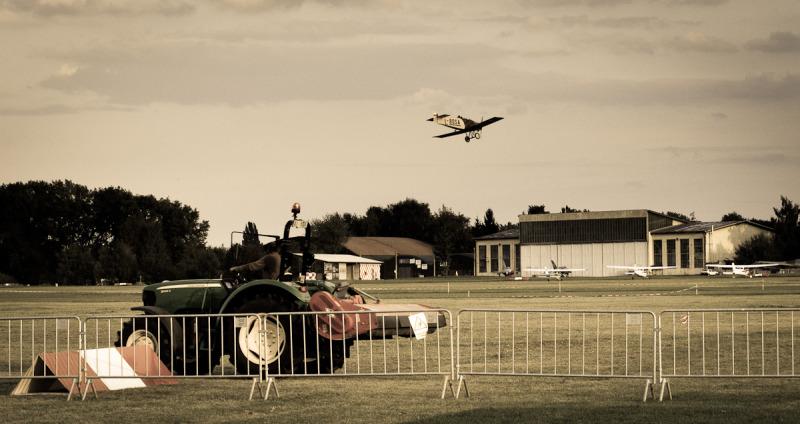 air plane taking off