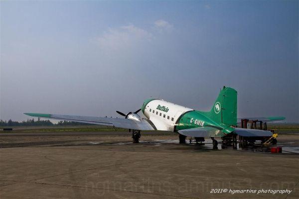 Buffalo Air DC-3 on the runway