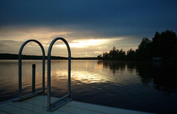 sunset at lovering lake 03