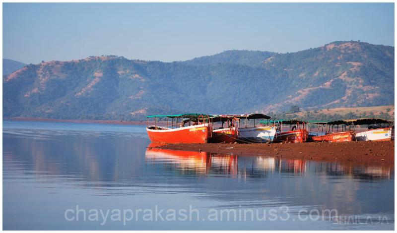 Boats again..