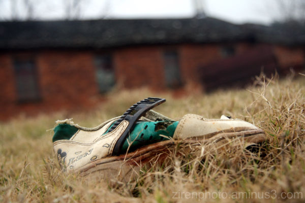 What happens to an old shoe in the countryside.