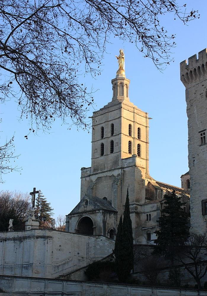 Cathedral church AvignonCathédrale Notre-Dame des