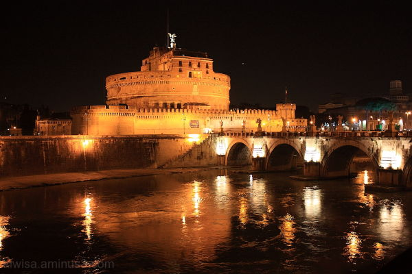 Castel Sant'Angelo night