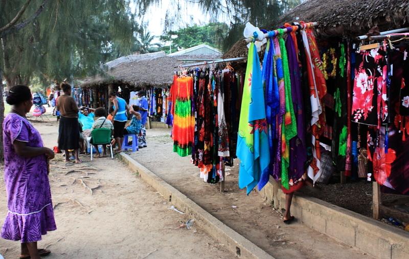 Vanuatu Market colour
