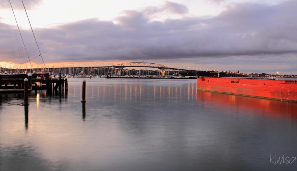 Harbour bridge at dusk