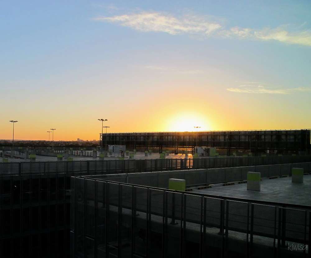 Sunrise over Sydney airport