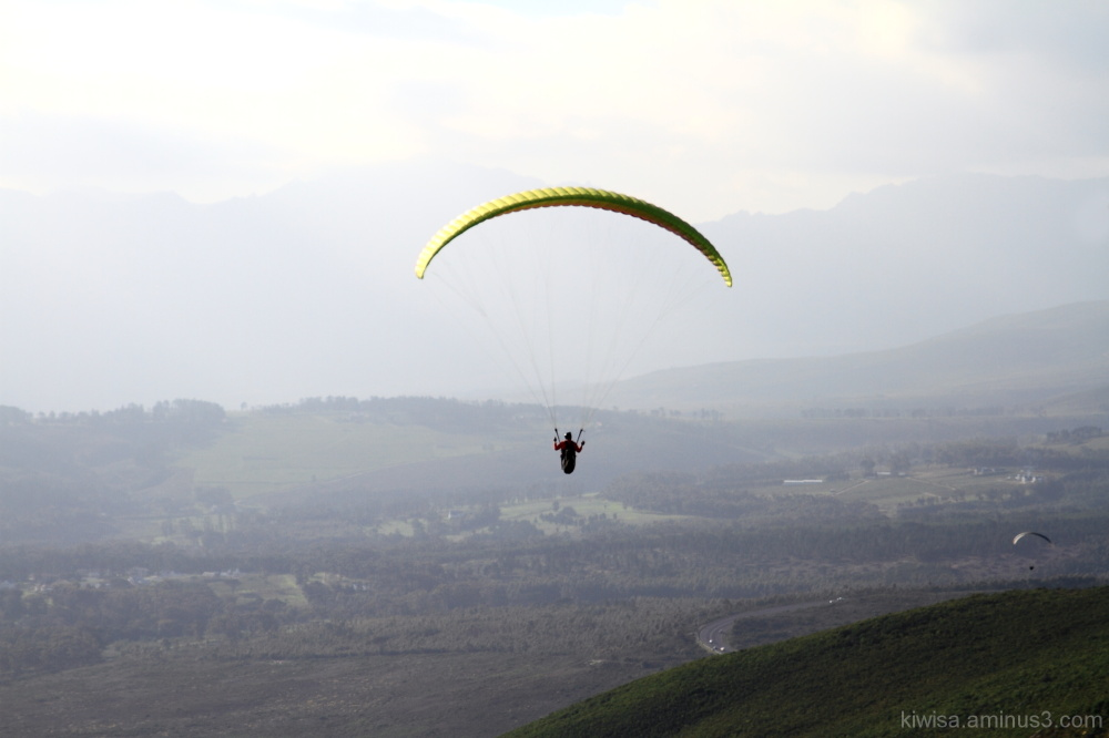 #1 Paragliding on Sir Lowry's Pass