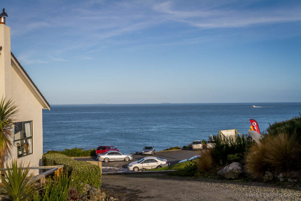 Stirling Point, Bluff