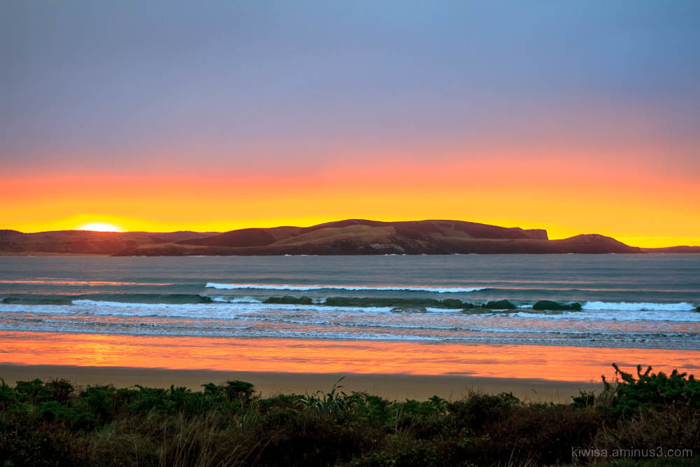 Sunrise at  Curio Bay