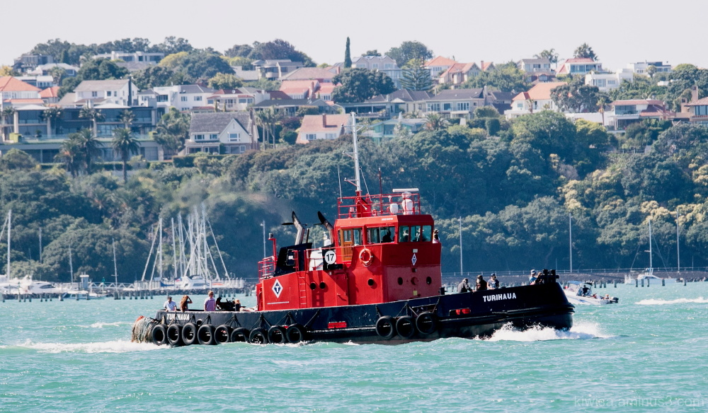 Red tug