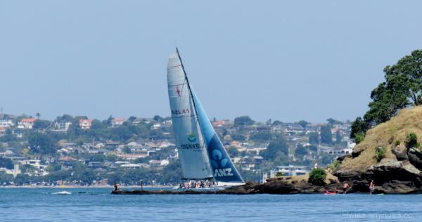 Summer sailin