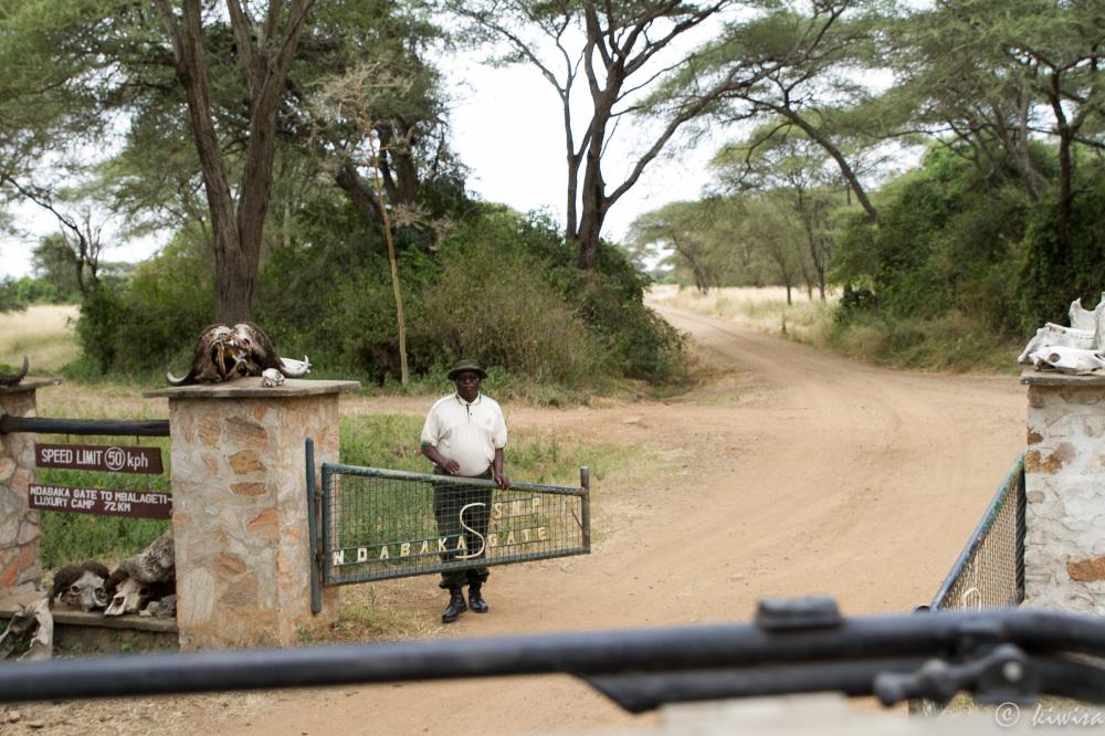 #1 Serengeti - entrance gate