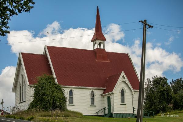 Church on the hill, Whakapirau