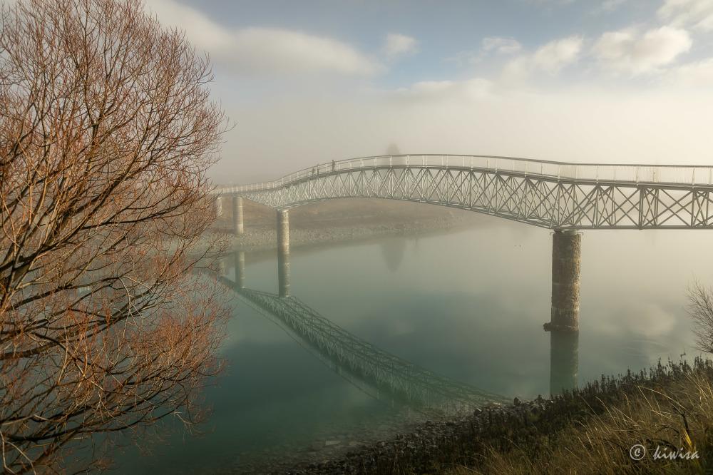 #47 SI Road trip-Foot bridge, Lake Tekapo
