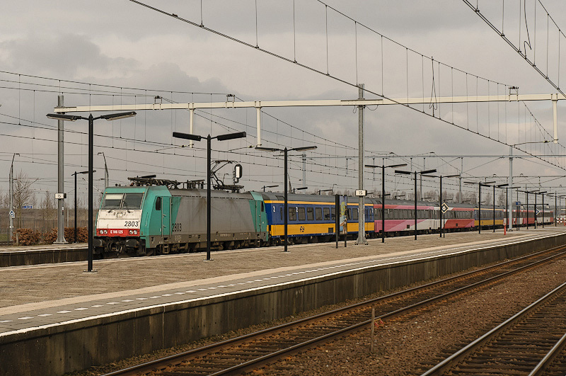 Lage Zwaluwe,  station  (Noord Brabant)