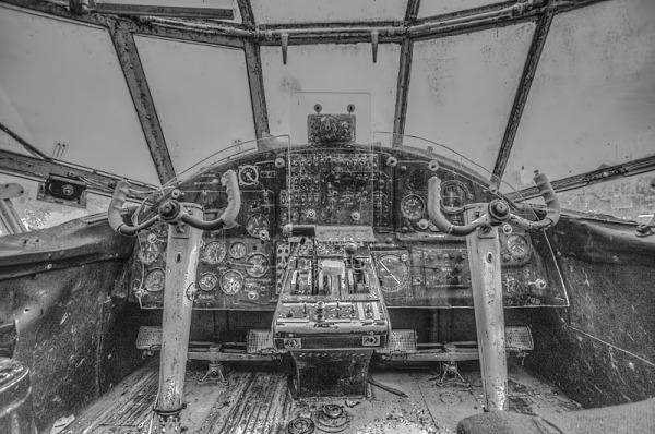Cockpit  Antonov AN-2 (1947)