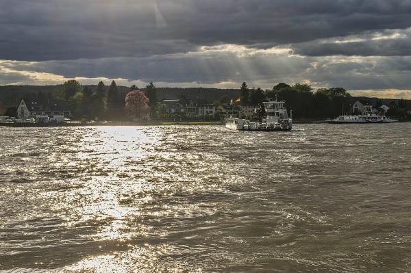 Ferry service at Remagen,  Duitsland