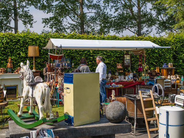 The brocante market