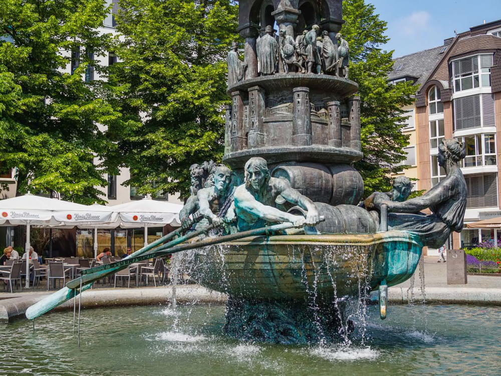 Detail of the History Column,  Koblenz (Duitsland)