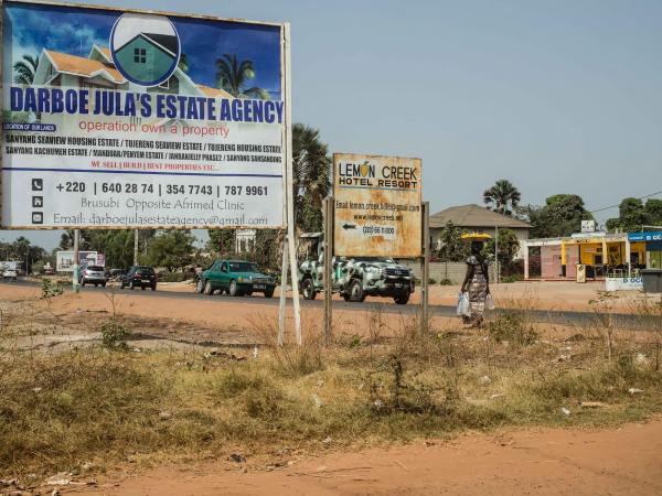 Gambia, Senegambia highway