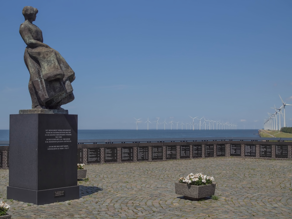 The Netherlands, Urk, The Urk fishermen monument