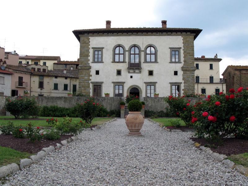 Police - station Tuscany