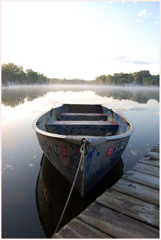 Old rowboat on Horseshoe Lake