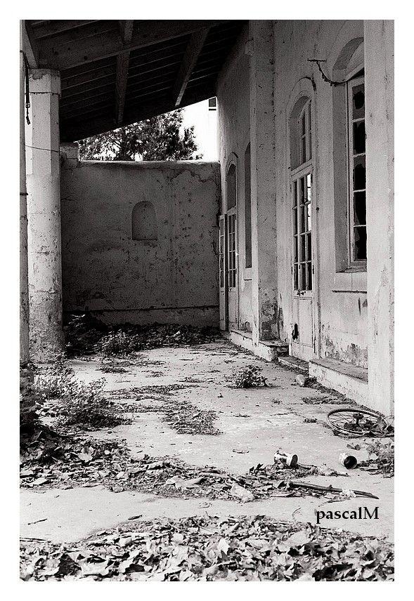 an old school.....in bollene