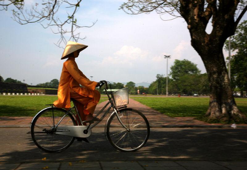 Sur la route de la Cité impériale de Hué